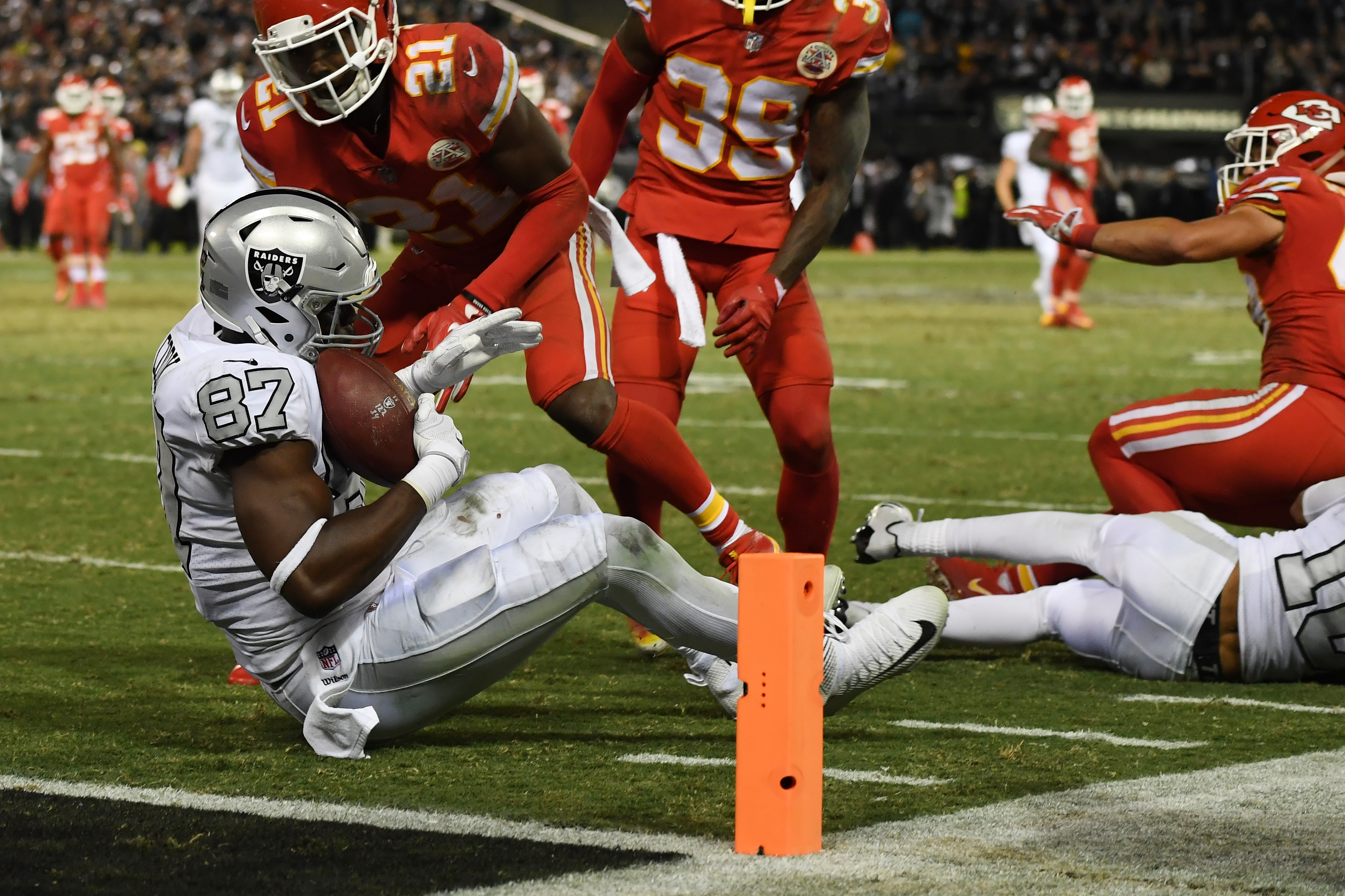 Image result for kansas city chiefs vs oakland raiders 2017
